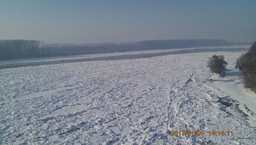 Koridor kroz ledenu barijeru u daljskoj krivini, 20. 1. 2017.